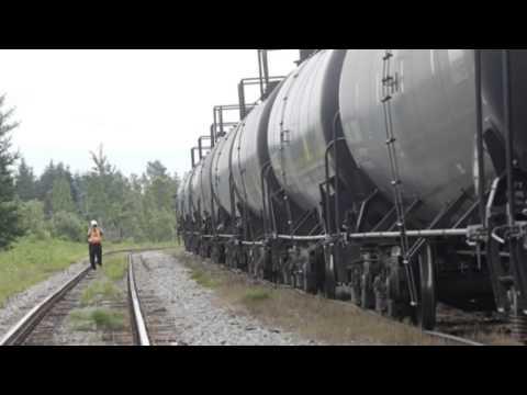 Huge Fire After US Oil Train Derails In North Dakota   30 Dec MUST SEE
