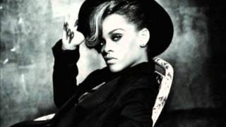 Rihanna - Fool in love (w/lyrics)