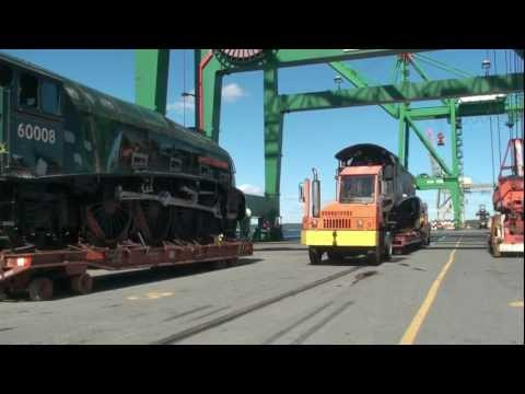 A4s 60008 DDE & 60010 DoC being loaded onto Atlantic Conveyor, Halifax 25 Sept 2012