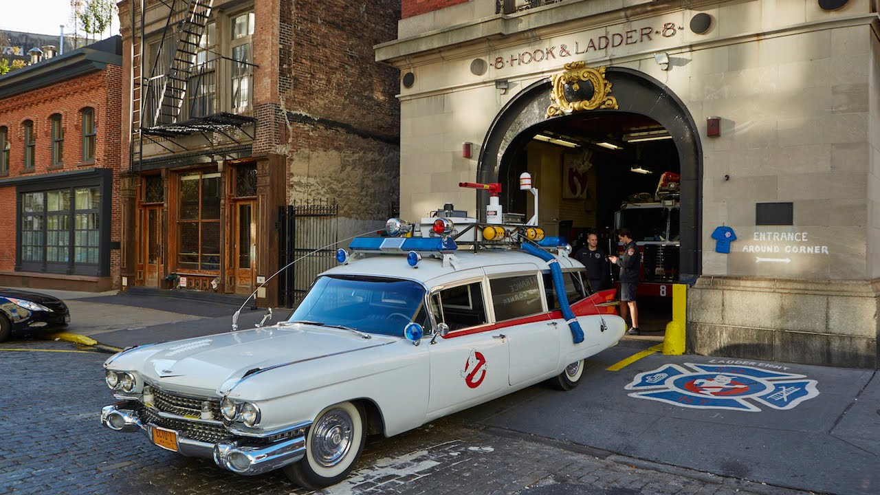 Mr Bean Car Wallpaper >> Who You Gonna Call? Superfan Creates Replica Ghostbusters Car - YouTube