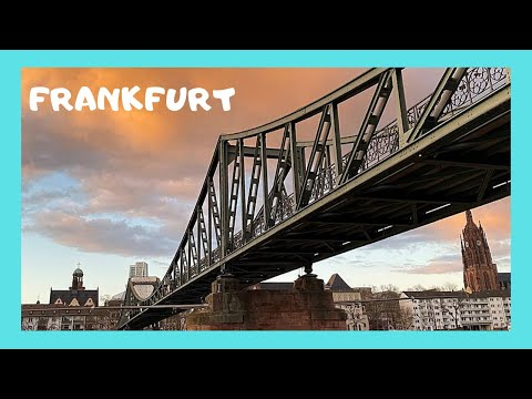 LOVE LOCKS on FRANKFURT'S LOVE BRIDGE (Eiserner Steg), Germany