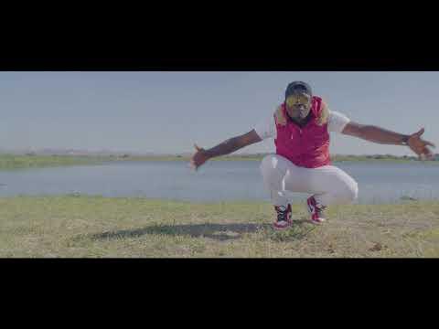 Alpha Romeo ft Daxon - Siningabweze