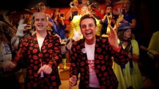 Lied 5: DJ John en Den Ans - Twee bier en een kus (St Willebrord)
