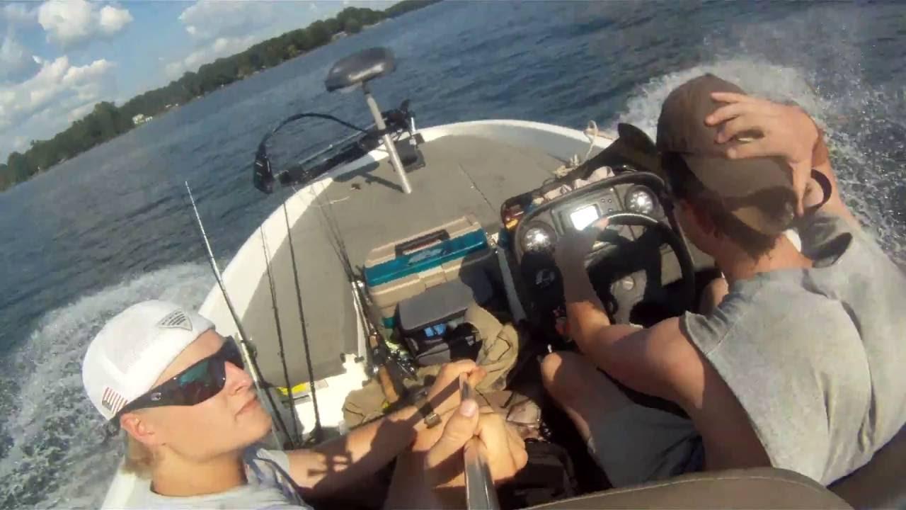 Fishing on lay lake youtube for Lay lake fishing report