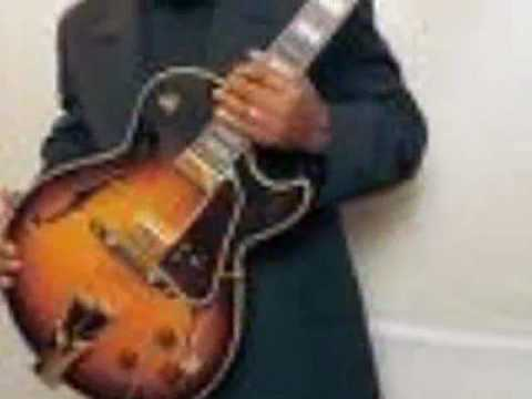 George Benson Last Train To Clarksville Chords Chordify