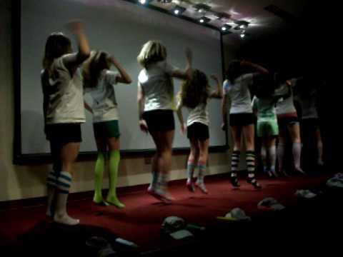 Justin Bieber, RF Girls talent show 2010 dance