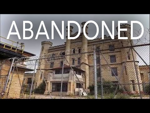 Exploring ABANDONED Maximum Security PRISON!! (Joliet)