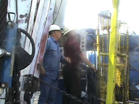 OIL FIELD ROUGHNECKS TRIPPIN OUT BLACK GOLD