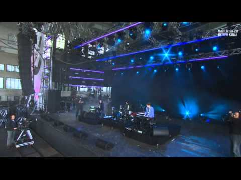 James Blake - To Care (Like You) (Live at Berlin Festival 2011)