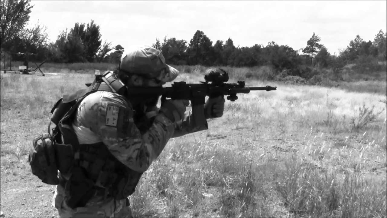 Combat Shooting with AR-15 - YouTube