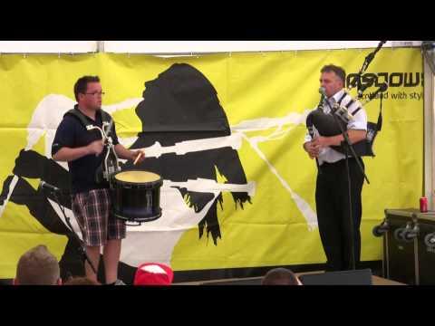 Stuart Liddell & Steven McWhirter: Inveraray duo in Pipes+Drums Recital