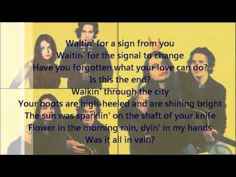 Mazzy Star - Blue Flower (lyrics)