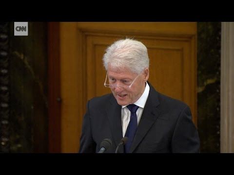 Bill Clinton's moving eulogy for IRA leader