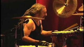 Faith No More - Last Cup Of Sorrow (Chile Pro Shot DVD La Gala, en vivo Teatro Caupolican 2009) [HQ]