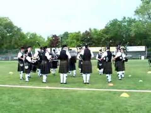Tunes of Glory Pipe Band
