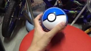 C朗介紹:開一個藍色的Pokémon ball