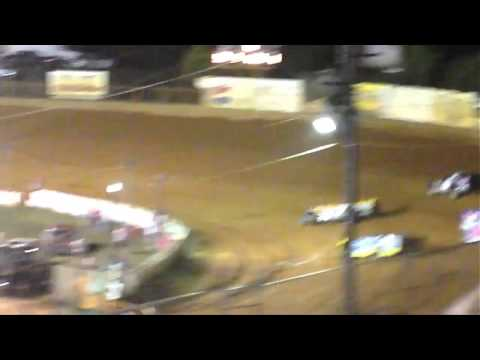 Carolina Clash Feature At Volunteer Speedway