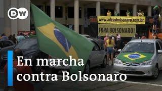 Miles de manifestantes marchan contra Jair Bolsonaro