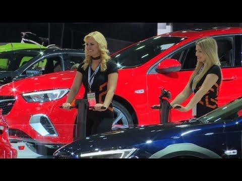 Le monde automobile, une citadelle hostile aux femmes