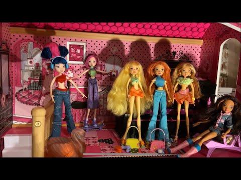 Winx Club Dolls ~  Mattel Collection