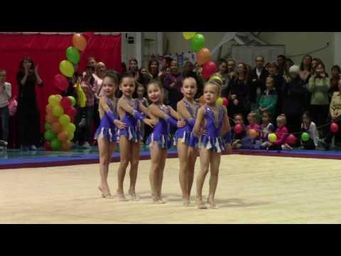 Художественная гимнастика. Групповое выступление 2009-2010 года