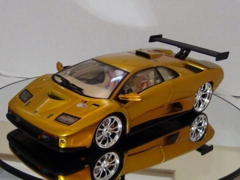 lamborghini diablo gt r scale 1 18 by hot wheel youtube. Black Bedroom Furniture Sets. Home Design Ideas