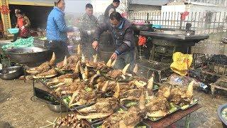 Rural wedding banquet 1280 yuan a table, 50 ox head feast, soaring! Too rich!