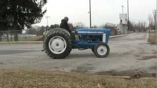 FORD 3000 2WD Tractor Gas on For Sale EBAY