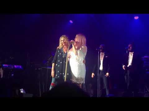 Godzilla feat. Pebe Sebert - Kesha live in London - Electric Brixton