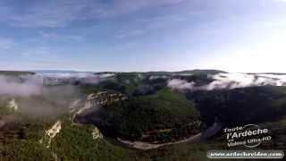 Gorges de l'Ardèche - Cirque de Gaud dans la brume (4K)
