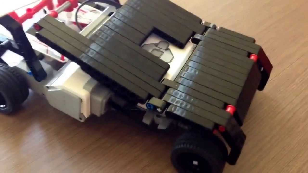 "Lego Mindstorms EV3 creation: ""The Bat Tumbler"" - YouTube"