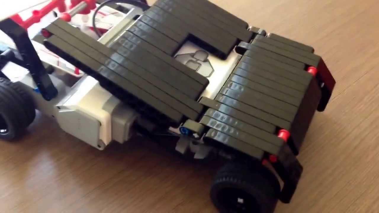 "Lego Mindstorms EV3 creation: ""The Bat Tumbler"" - YouTube"