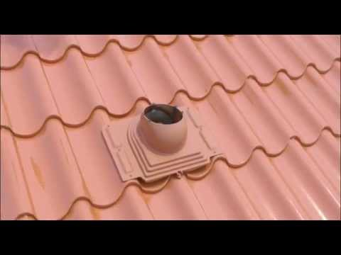 Установка трубы вытяжной вентиляции VILPE на металлочерепице