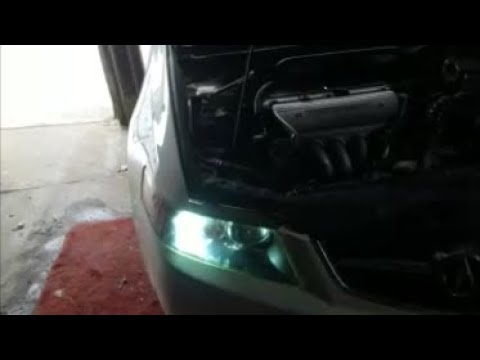 How to replace HID light assembly on a 2005 Acura TSX