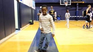 Little kid shows off dance moves