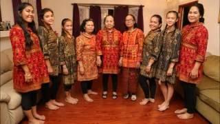 Acara Ulang Tahun Mama Lina