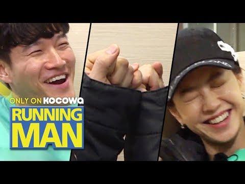 Kim Jong Kook and Song Ji Hyo Make a Pinky Promise.. [Running Man Ep 439]