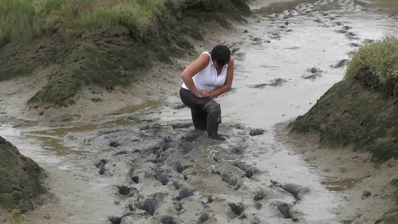muddy milf