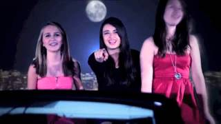 "Rebecca Black ""Friday""- in Chinese"