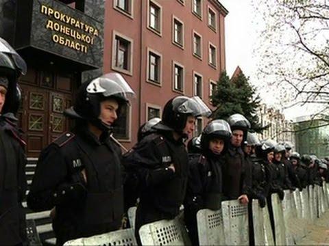 Ukraine's acting president calls emergency national security meeting