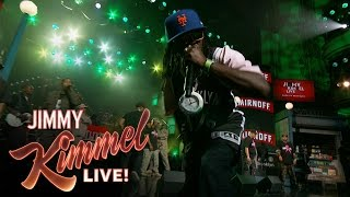 """Public Enemy Performs """"Fight the Power"""" Medley"""
