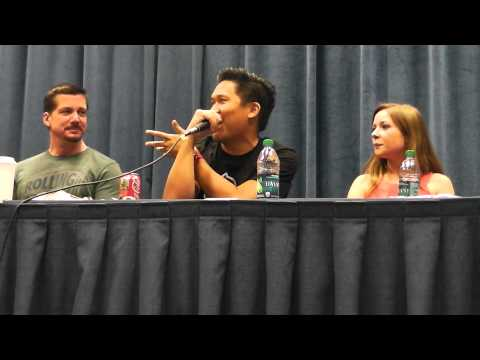 Metro 2013   Voice Actors Unplugged with Janet Varney, Phil