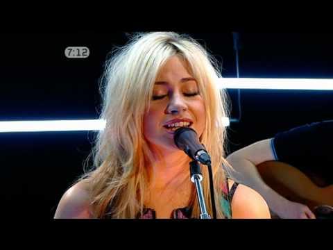 Pixie Lott-Use Somebody (Acoustic on Freshly Squeezed)