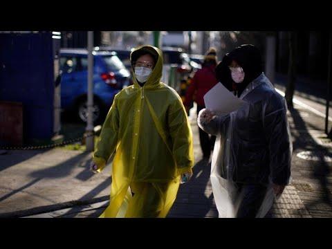 Le bilan de l'épidémie de Covid-19 dépasse les 1800morts en Chine continentale