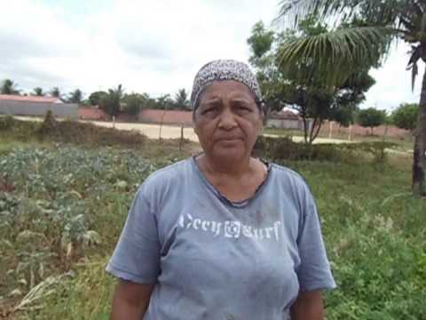 Dona Dinha relata perca da horta devido a seca em Conceição do Jacuípe