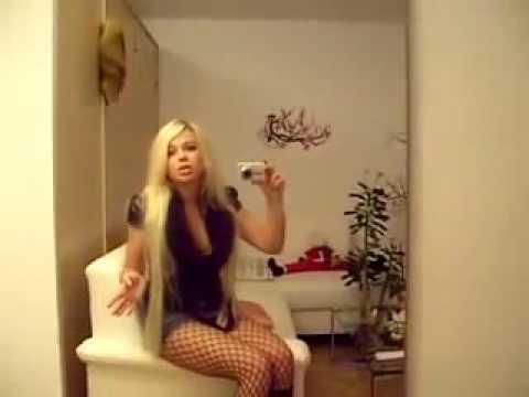 Глупая блондинка дала, порно клубная секс