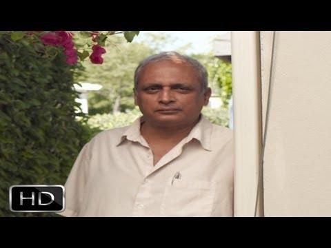 Amitabh Bachchan Is More Like A Phenomenon Than An Actor - Piyush Mishra