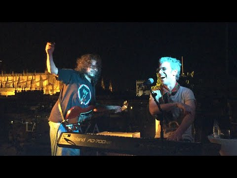 Ariel Rot y Raimundo Amador - Un viejo blues - (Live the Roof Sevilla)
