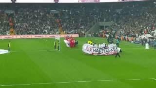 Beşiktaş sahaya çıkıyor. Vodafone Arena yıkılıyor..