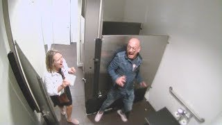 Howie Mandel Scares Fans in the Bathroom
